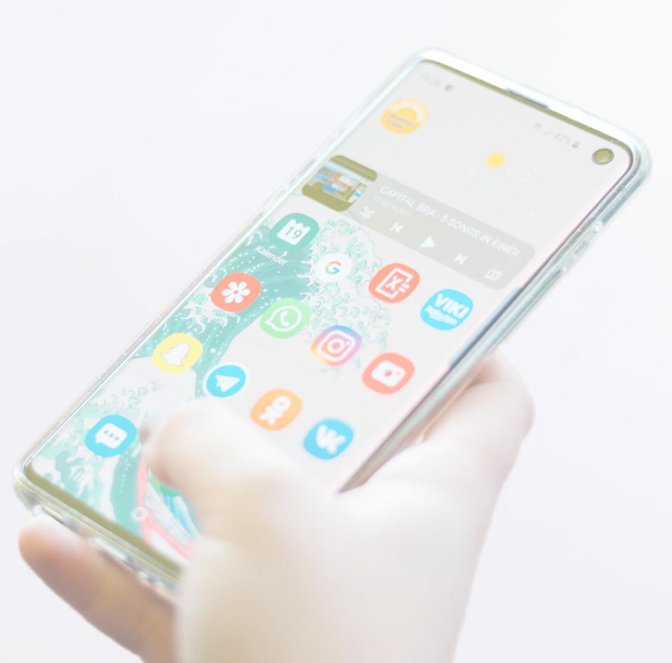 img-phone-left
